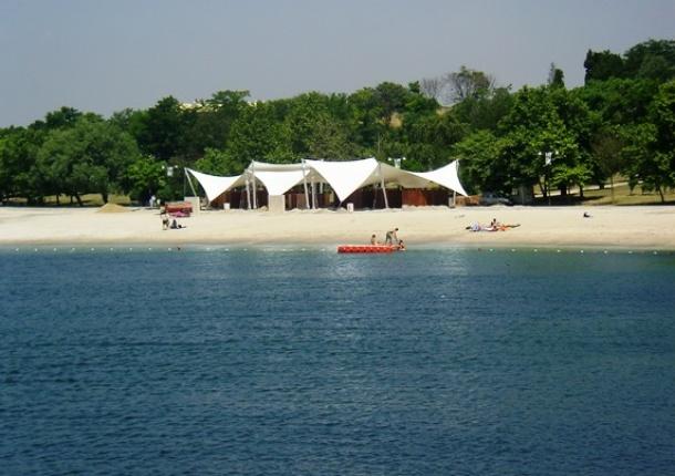 Yeşilköy Çiroz Halk Plajı