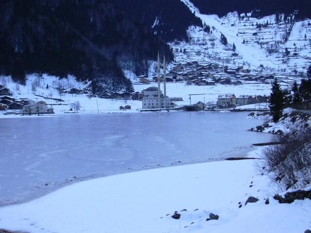 Uzun Göl (Çaykara) Kış Manzarası