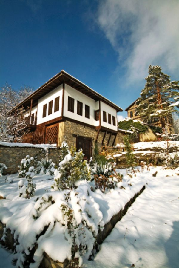 Raşitler Bağ Evi Kış Manzarası