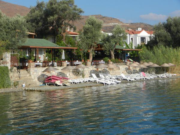 Selimiye Kıyı Pansiyon Şezlongları