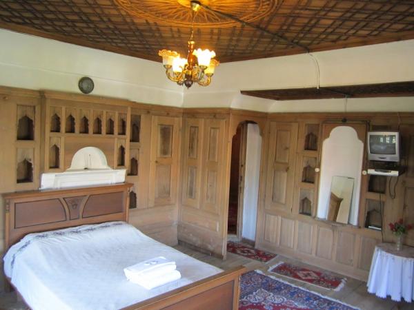 Tabağ Ahmet Bey Konağı Yatak Odası