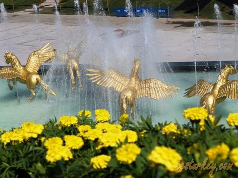 Bakırköy Botanik Parkı Ziyaretçilerini Bekliyor