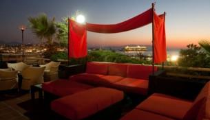 Marina Hotel Manzarası