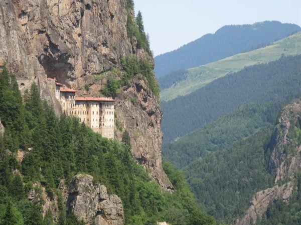 Sümale Manastırı