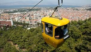 İzmir Balçova'da teleferik keyfi