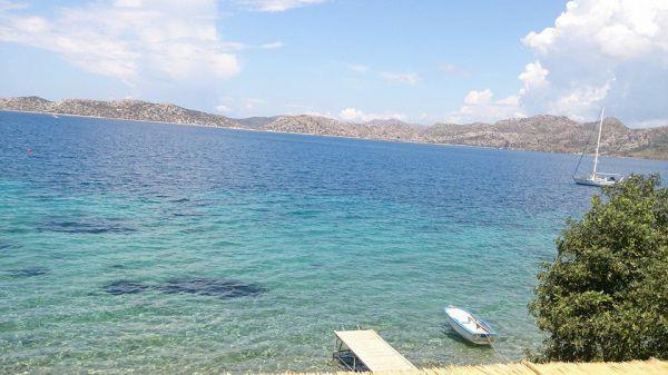 Mavi Akvaryum Pansiyon Berrak Denizi