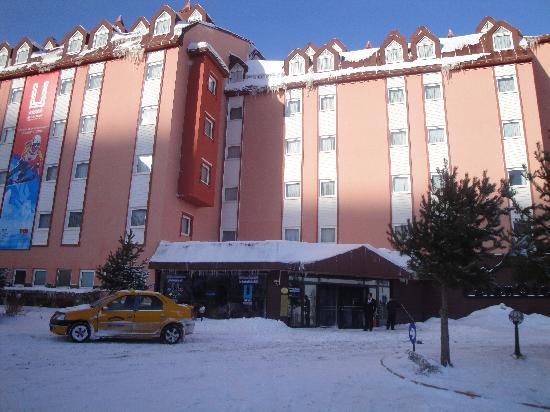 Palan Otel Kış Manzarası