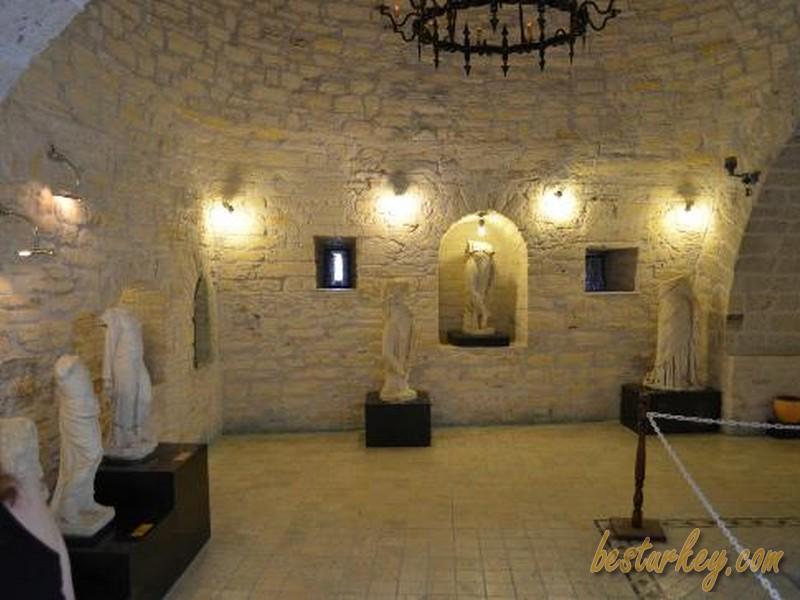 Çeşme Kale İçindeki Müze