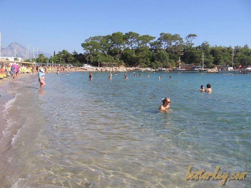 Kemer Ayışığı Plajı