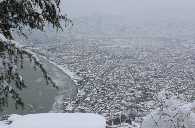 Boz Tepede Kış